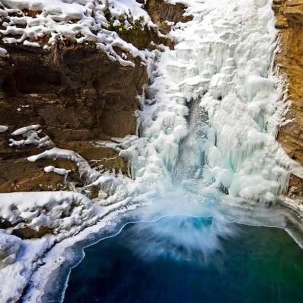 Johnston canyon banff tour